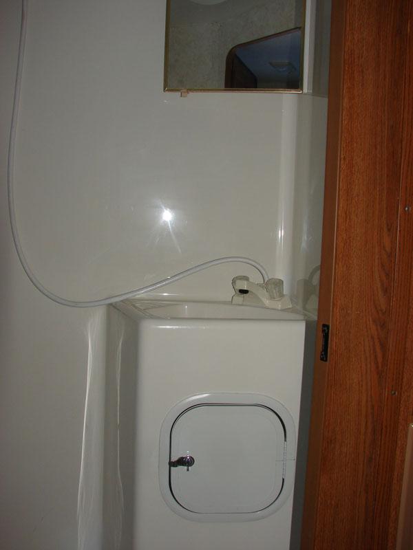 Fleetwood Elkhorn Camper Bathroom Sink Images Frompo